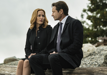 Gillian Anderson and David Duchovny on The X-Files